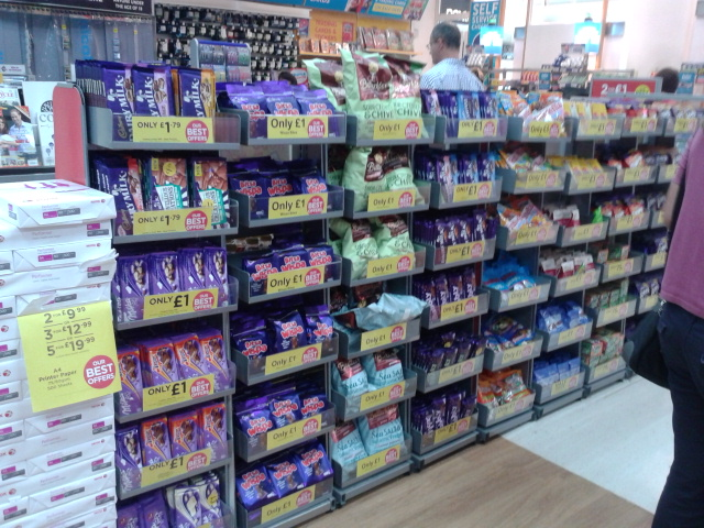 how to give up sugar - chocolate impulse buy in shop